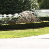 Radius PVC Fence - Rumson, NJ
